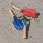 sandspielzeug-schaufeln