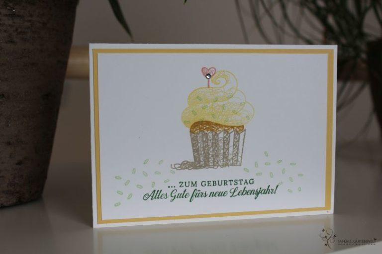 Kleine Cupcakes zum Geburtstag