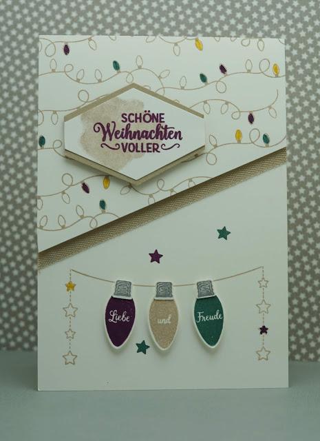 Weihnachtskarte mit Lichterkette