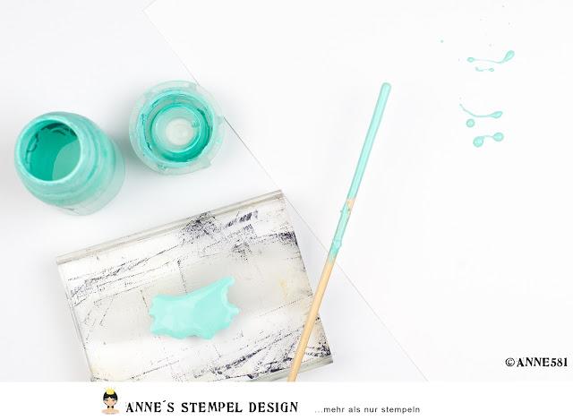 Vergleich –  klecksen mit Acrylfarbe – mit oder ohne Wasser verdünnt