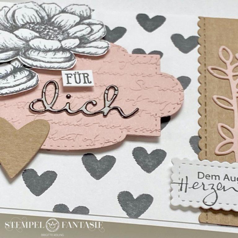 Craft meets Schwarz-weiß-Kirschblüte – Karte mit zauberhaften Grüße