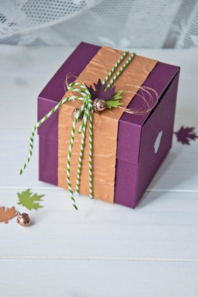 Pop-Up-Box in Herbstfarben