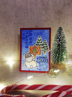 erste WeihnachtsATC mit einem Schäfchen von Clearly Besotted